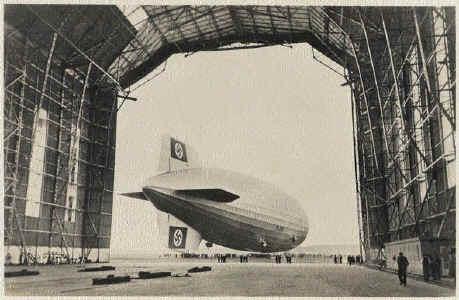 http://www.altfrankfurt.com/Spezial/Zeppelin/Hangar/pic/Hindenburg1936-hanger.jpg